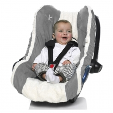 cover_car_seat_grey_and_baby_3.jpg